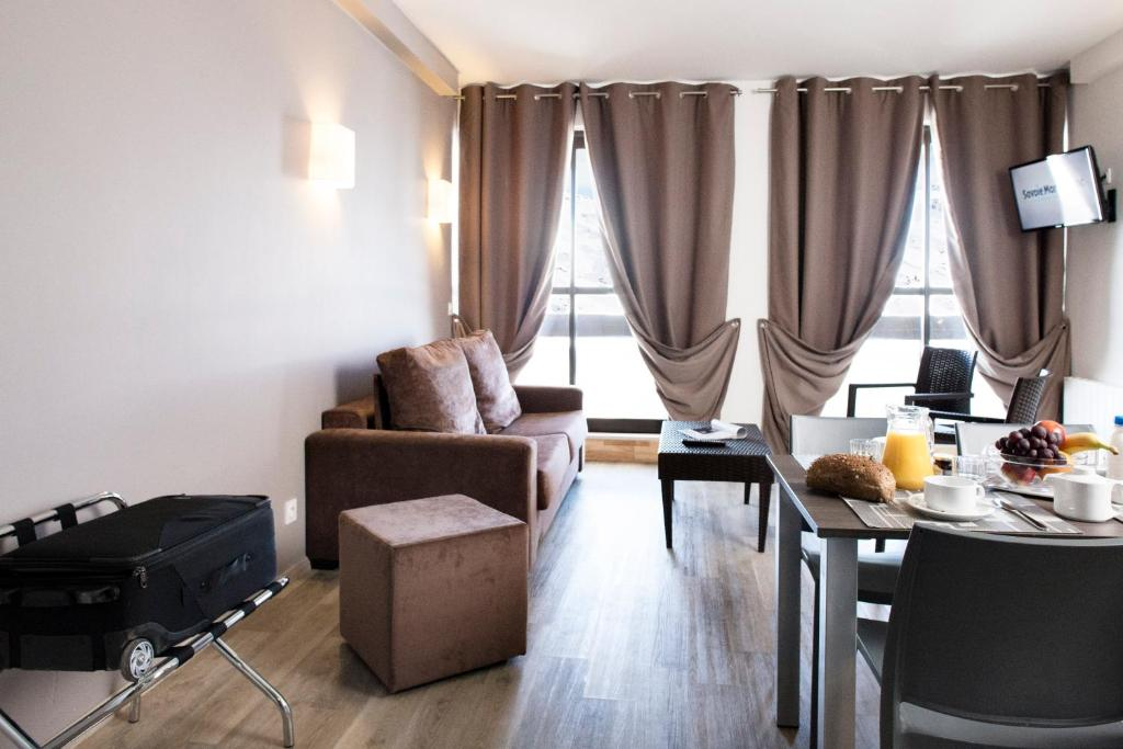 Condo Hotel Soleil Vacances Menuires  Les Menuires  France