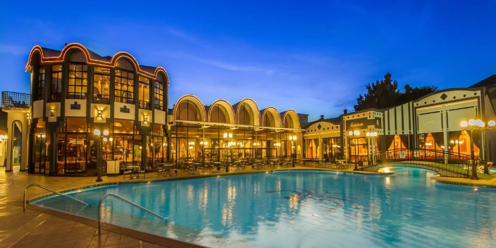 egypt cairo hotel 2018 world 39 s best hotels. Black Bedroom Furniture Sets. Home Design Ideas