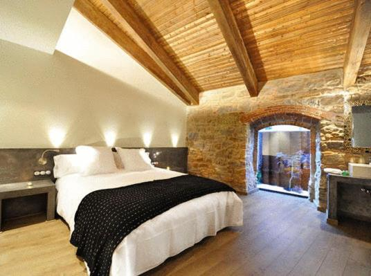 boutique hotels in catalonia  400