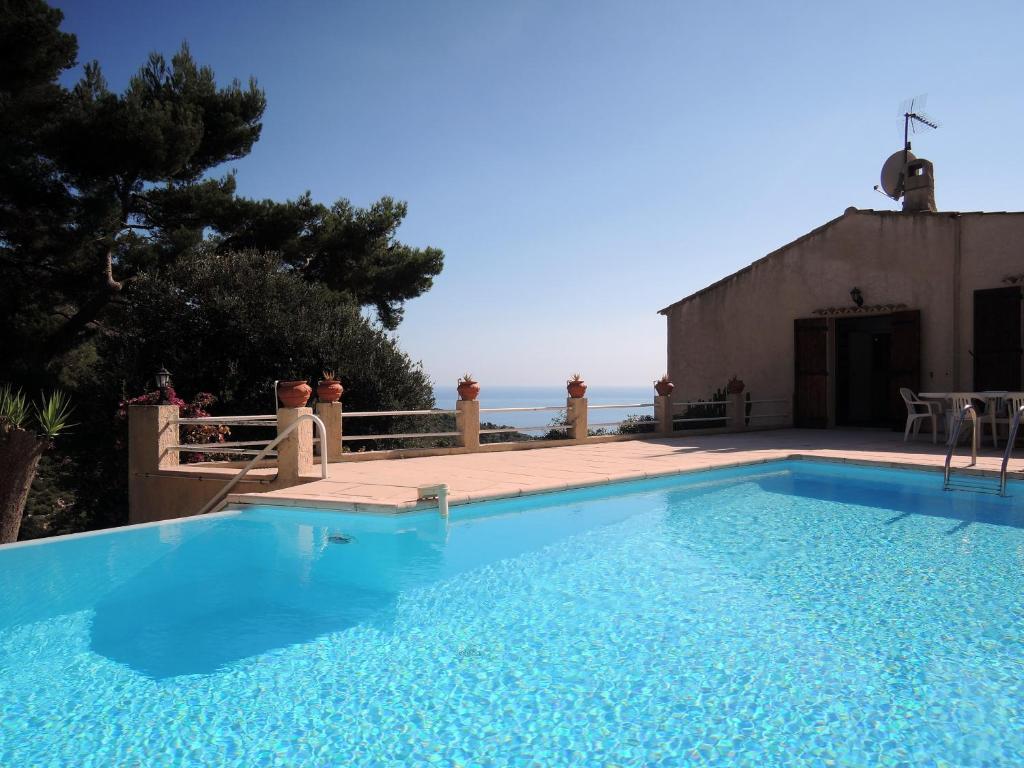 Monte Carlo Villa Serrier, La Turbie, France - Booking.com
