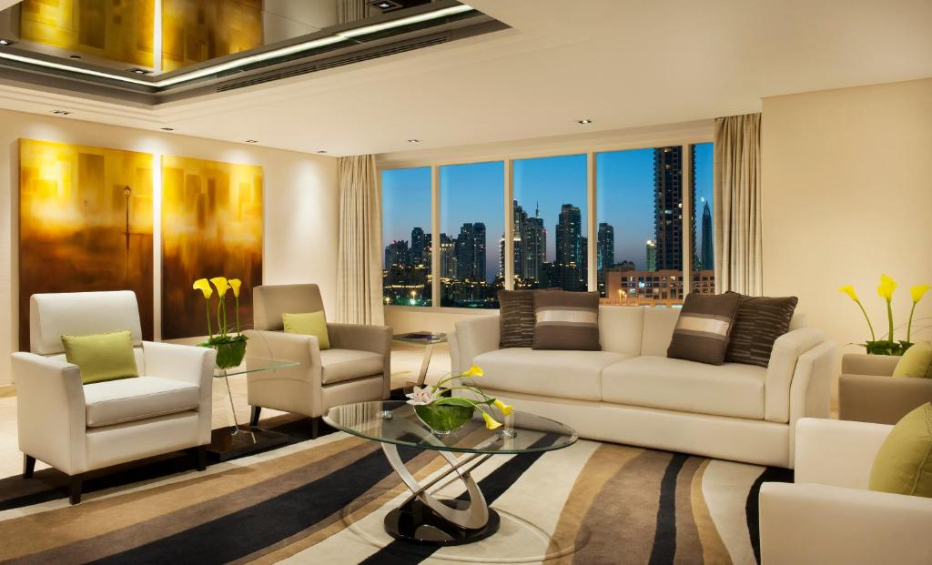 condo hotel damac maison canal views dubai uae. Black Bedroom Furniture Sets. Home Design Ideas