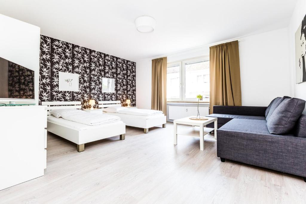cityfair apartments k ln cologne germany. Black Bedroom Furniture Sets. Home Design Ideas