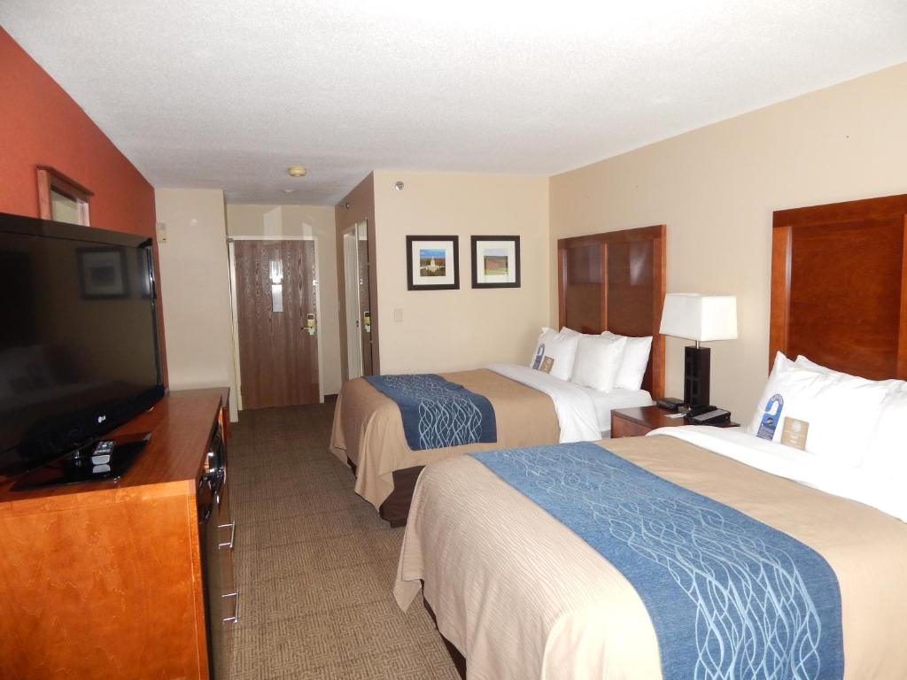 comforter rates image in on z reviews hotel oregon comfort bellingham inn portland hotels featured orbitz information