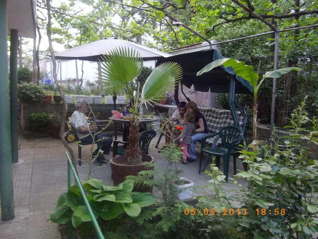 Къща за гости Гости Сакутски - Хисаря