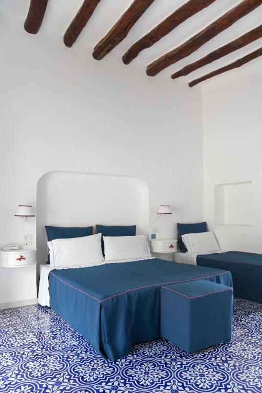 Hotel La Terrazza, Panarea, Italy - Booking.com