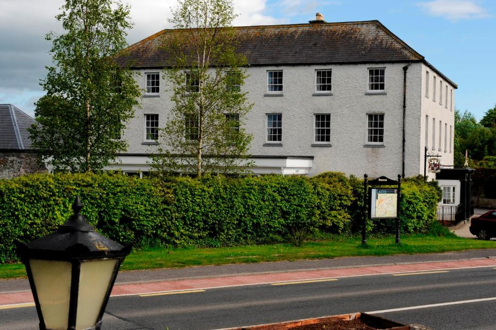 Ashbrook Arms Townhouse and Restaurant