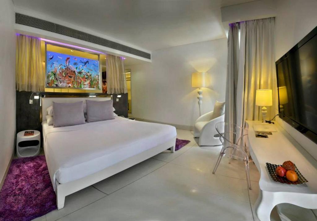 Hotel Park on Holiday Beach Goa