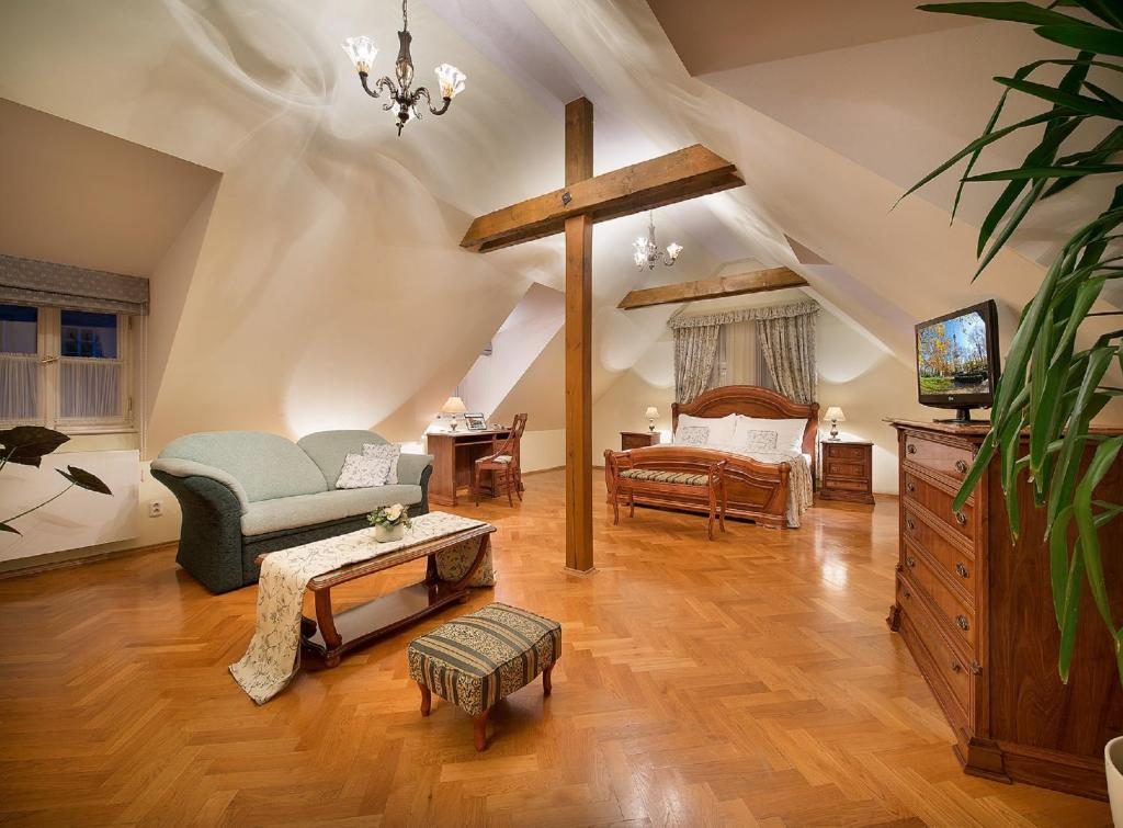 Boutique hotel constans prague updated 2019 prices for 957 design hotel prague
