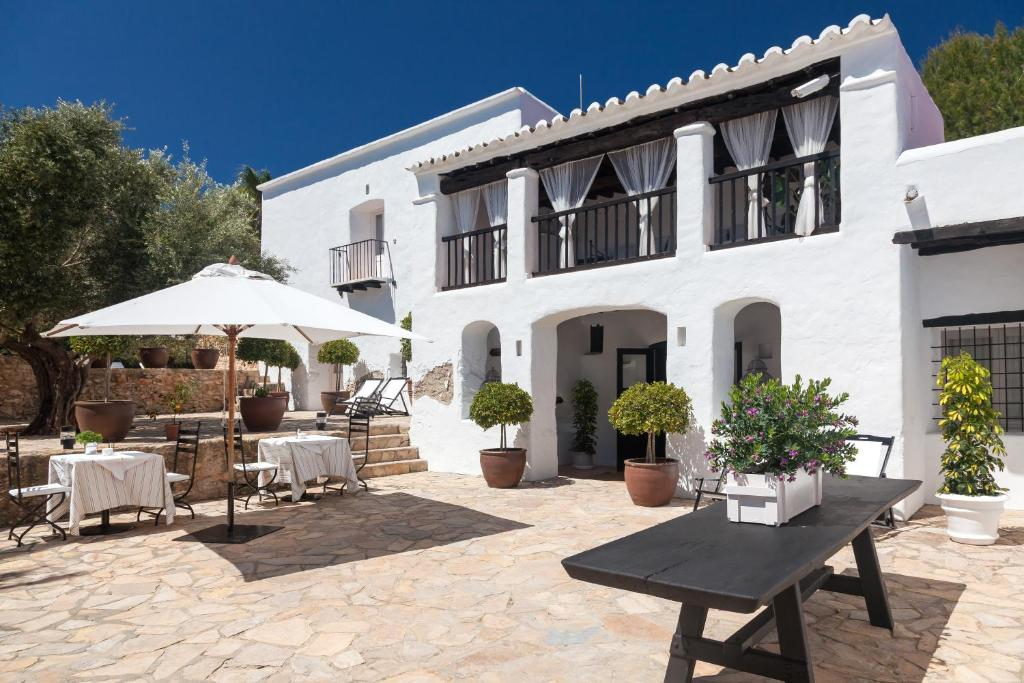 boutique hotels in santa gertrudis de fruitera  33