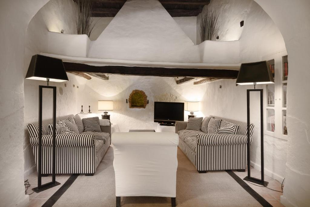 boutique hotels in santa gertrudis de fruitera  35