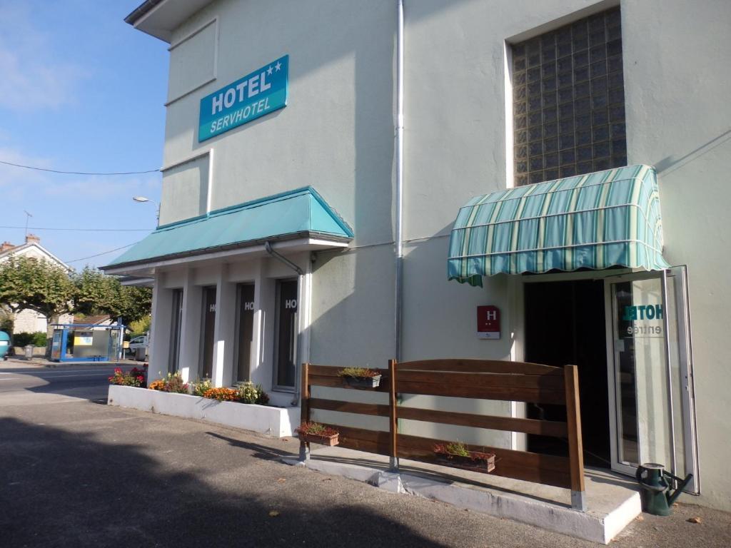 Servhotel Morestel France Booking Com