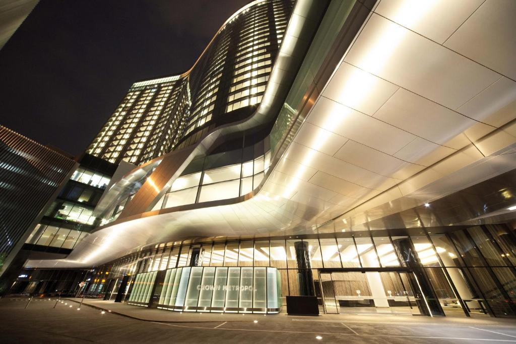Crown Metropol Reservations