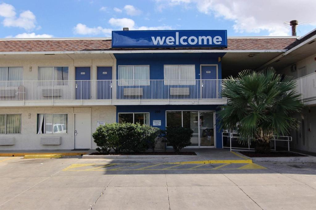 Motel 6 Odessa Reserve Now Gallery Image Of This Property