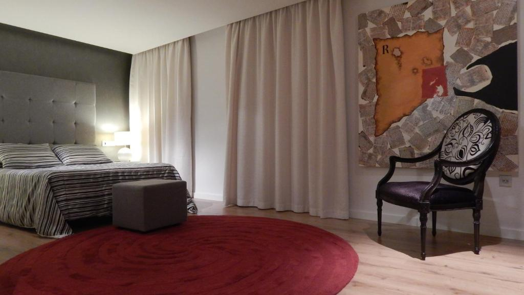 boutique hotels in forcall  18