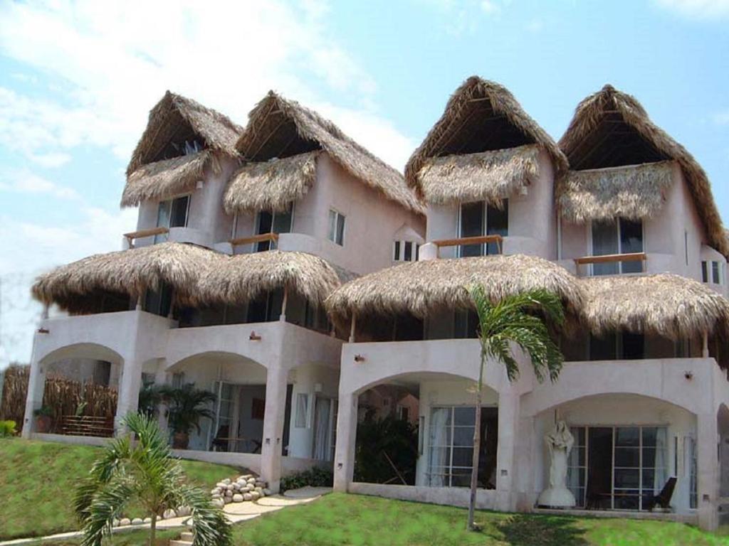 Hotel villas fandango santa cruz huatulco con opiniones for Villas huatulco