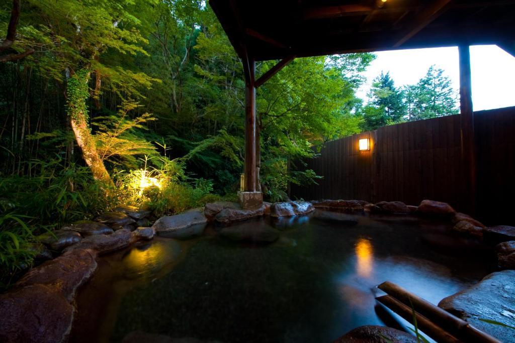 ポイント3.大自然に溶け込んだ露天風呂