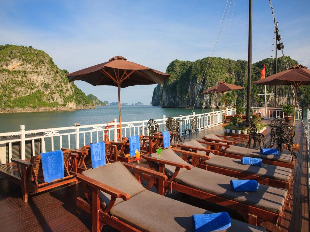 Garden By The Bay Breakfast hotel garden bay luxury cruise, ha long, vietnam - booking