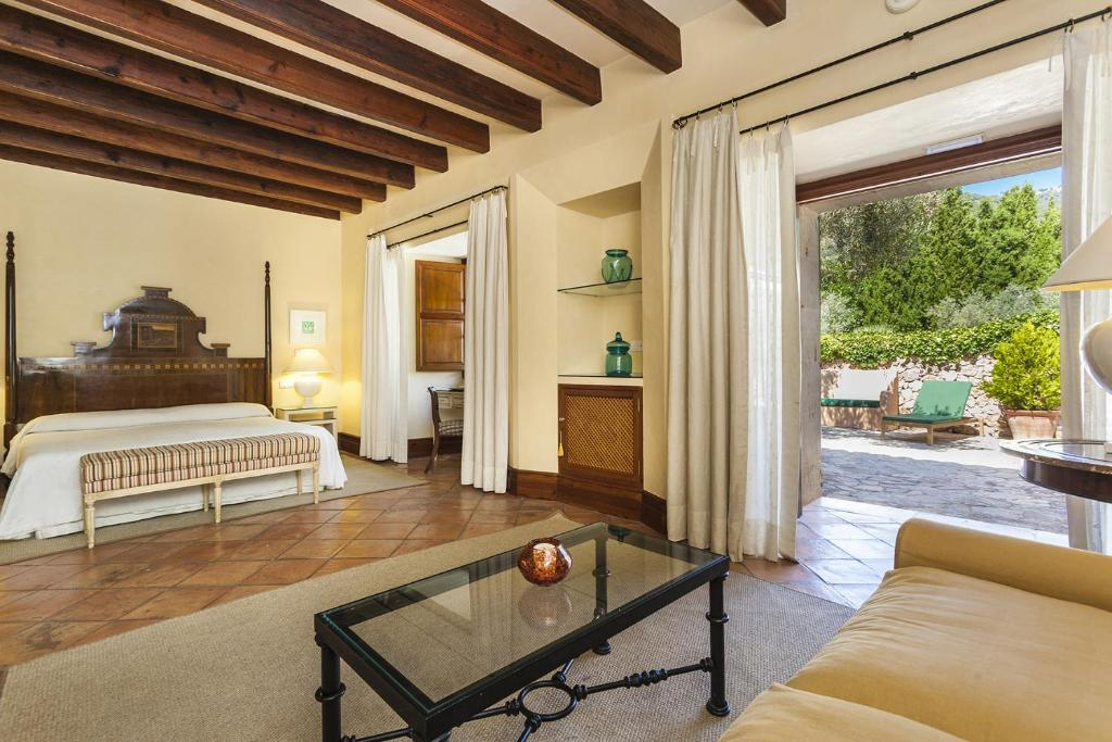 boutique hotels valldemossa  33