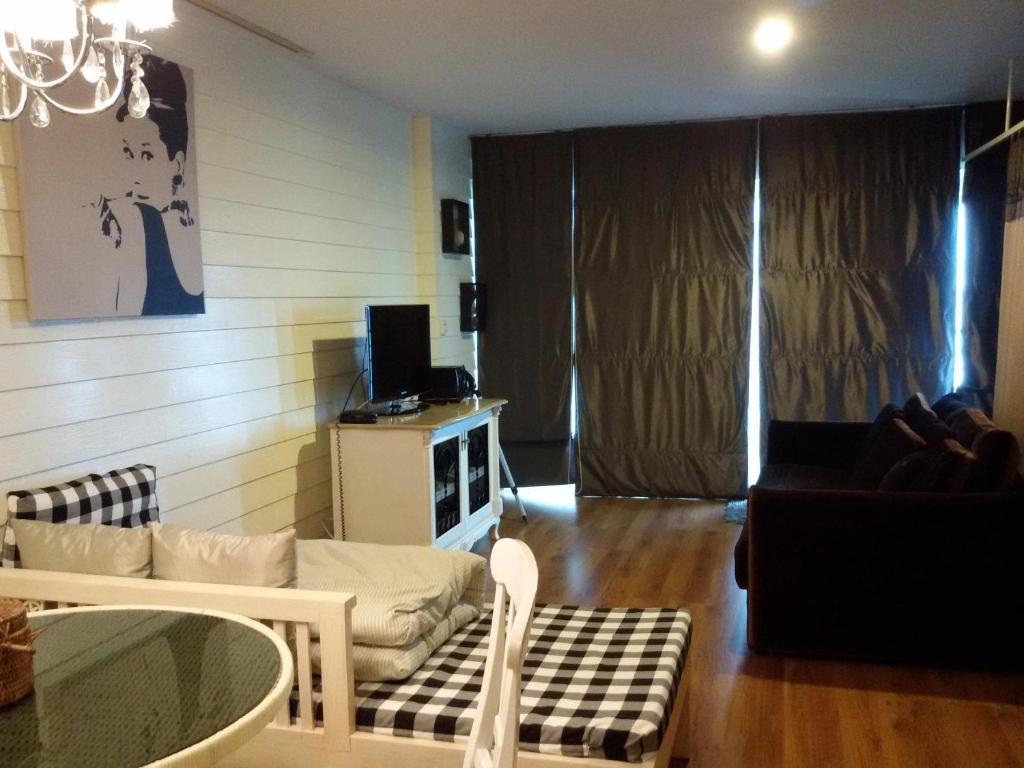 apartment sandy beach e18 cha am thailand booking com