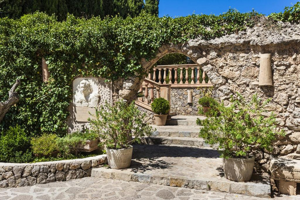 boutique hotels valldemossa  27