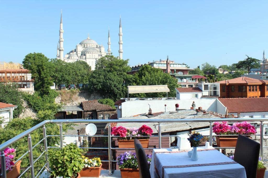 Blue Tuana Hotel Turkei Istanbul Booking Com