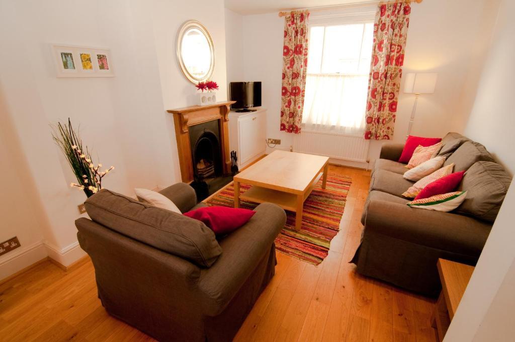 Tangier Lane Apartment 40 Windsor UK