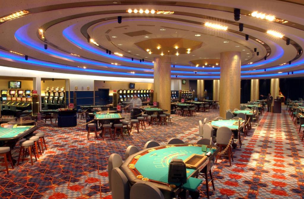 Casino hotel loutraki gambling baseball cap