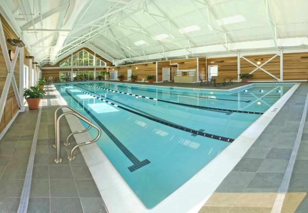 The Essex Resort Burlington Vt Booking Com
