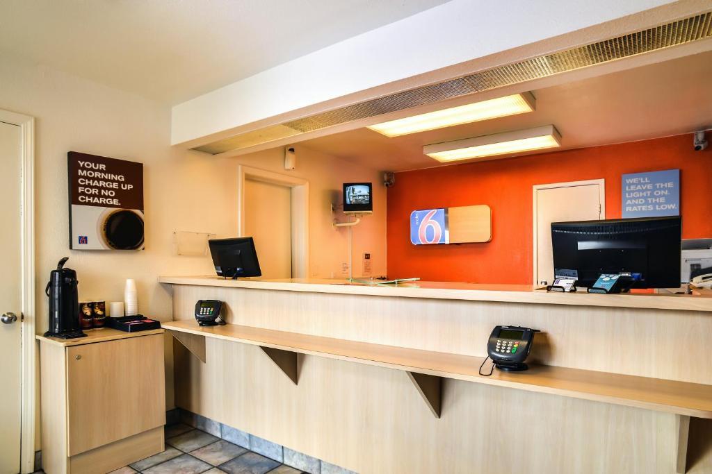 Motel St Joseph Saint Joseph MO Bookingcom - St joe post booking activity
