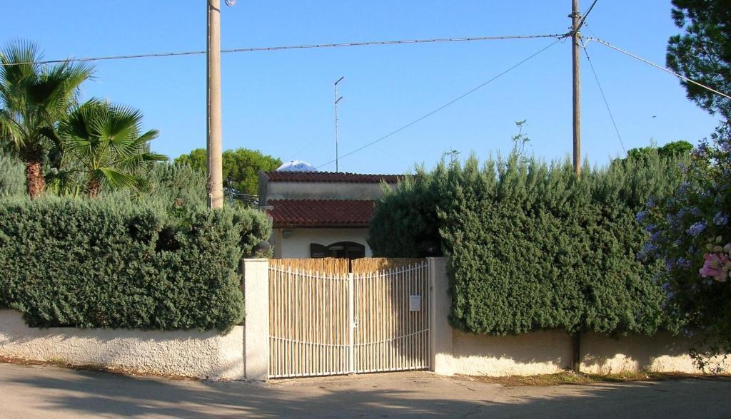 Casa vacanza villa mediterraneo ita fontane bianche for 101 wendell terrace syracuse ny