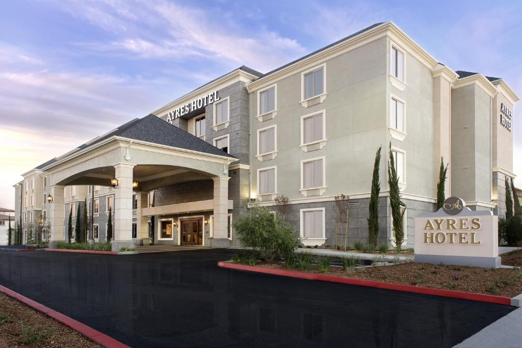 Gentil Ayres Hotel Huntington Beach/Fountain Valley Reserve Now. Gallery Image Of  This Property ...