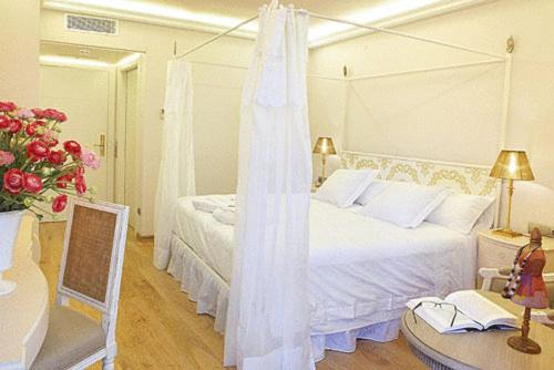 boutique hotels in begur  176