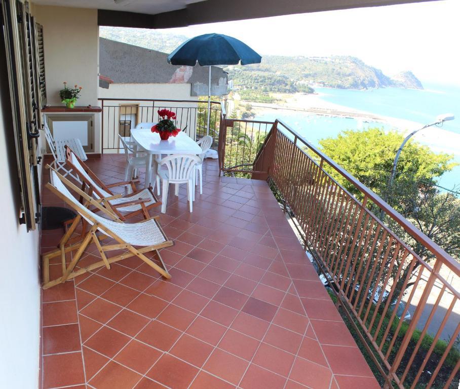 Vacation Home Casa con Terrazza e Vista, Capo d'Orlando, Italy ...