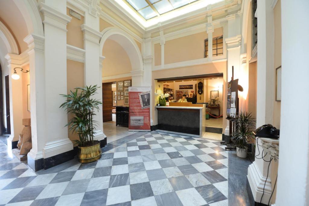 Hall o reception di Royal Victoria Hotel