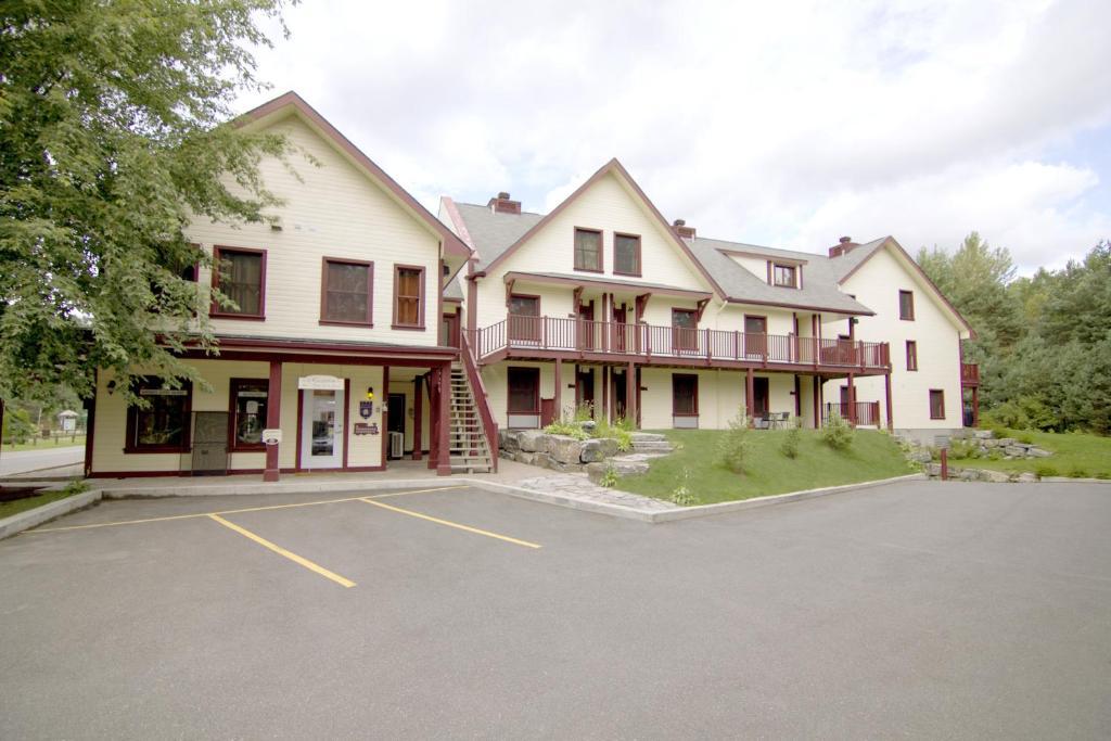 Apartments In Saint-rémi-d'amherst Quebec