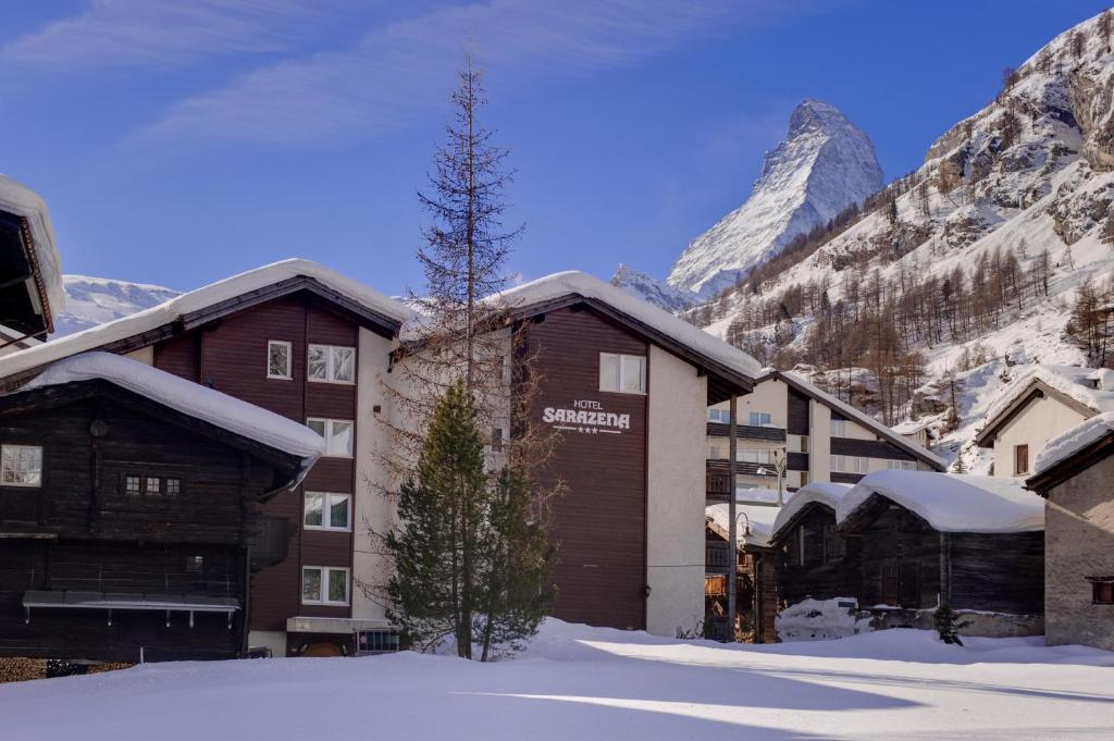 Hotel Sarazena during the winter