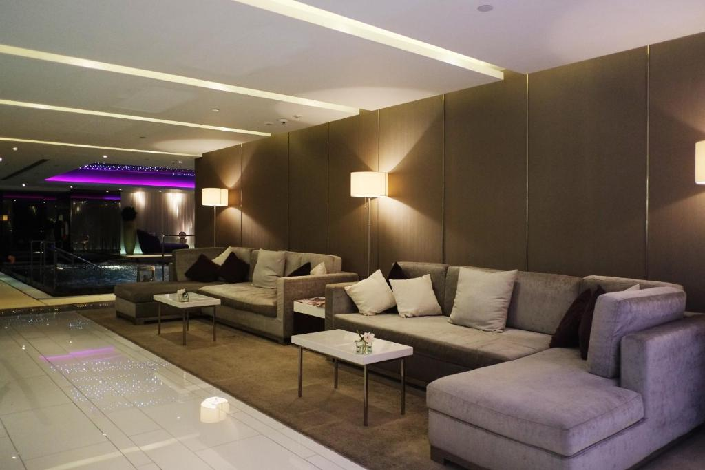 The Mira Hong Kong, Hong Kong – Updated 2019 Prices