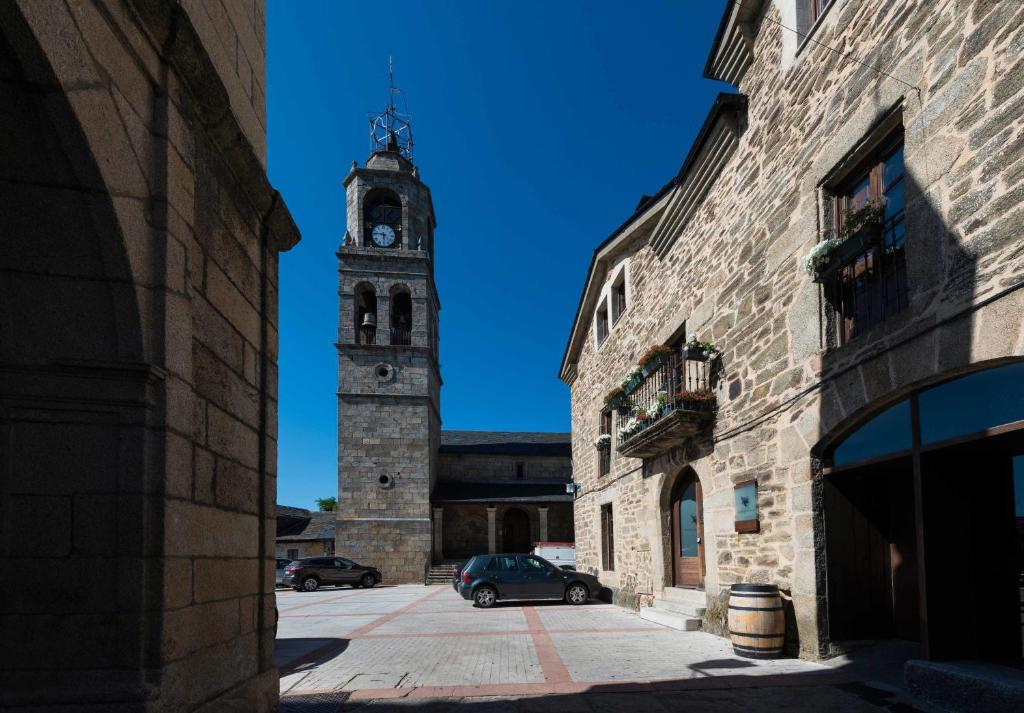 boutique hotels in puebla de sanabria  41