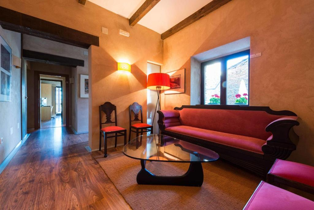 boutique hotels in zamora  85