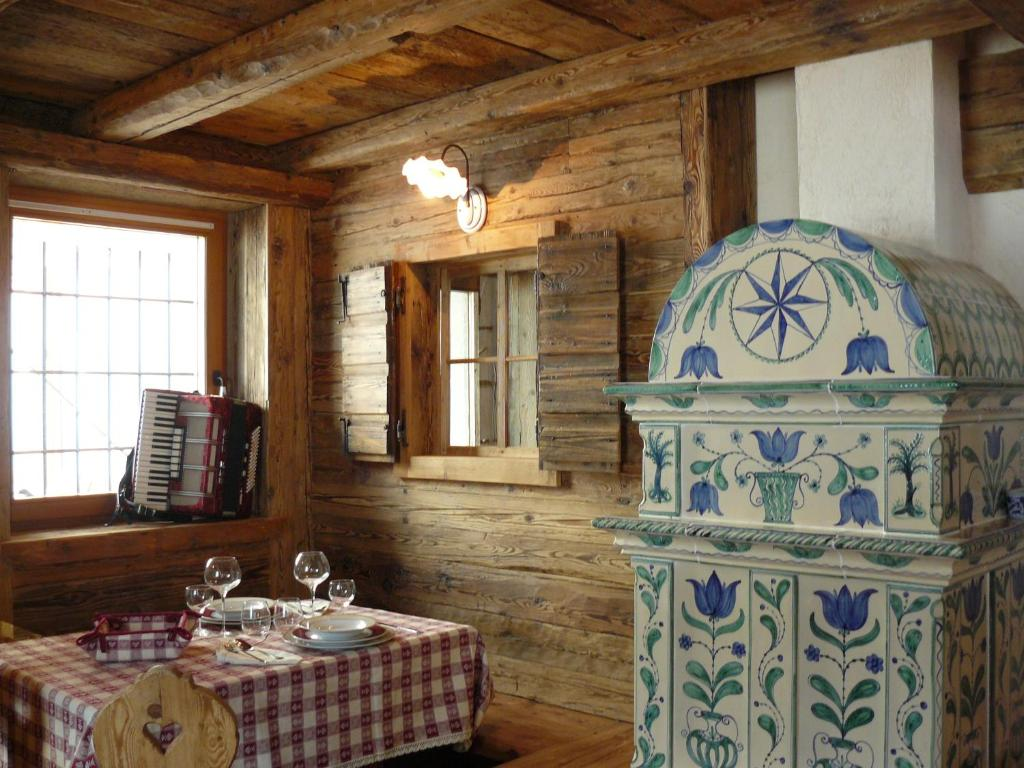 Cucine per baite montagna : Hotel baita goles italia sùtrio booking.com