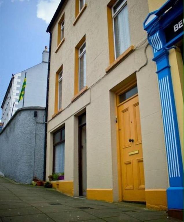 Mainstreet Apartments: Apartment Main Street, Moville, Ireland