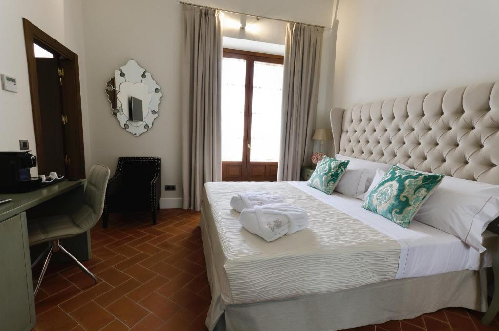 boutique hotels in sevilla  184