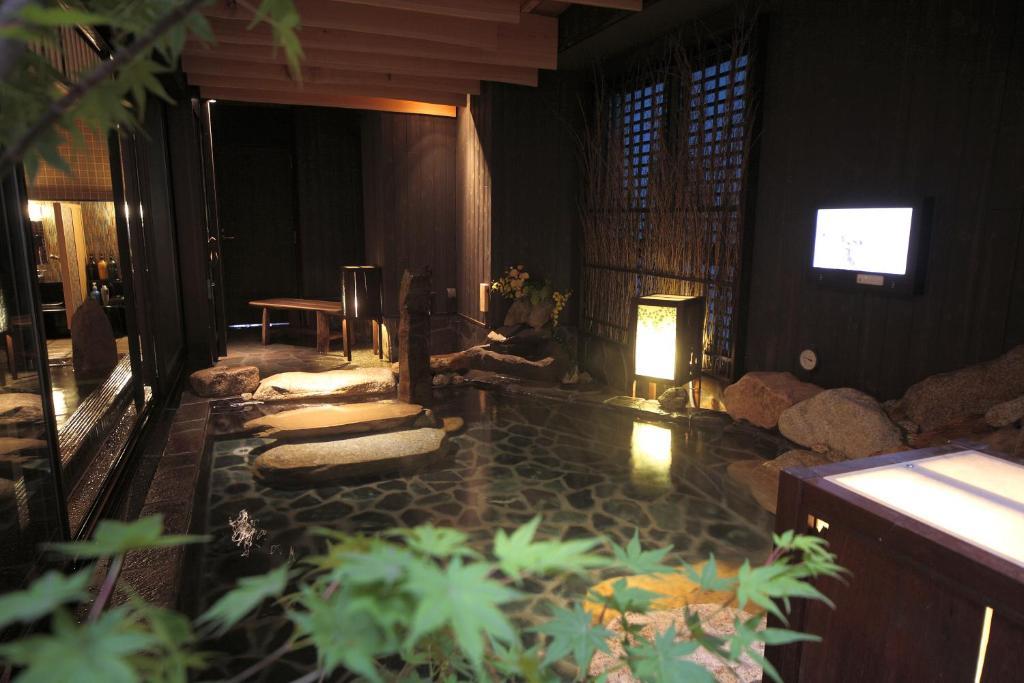 ポイント2.本格的な温泉大浴場