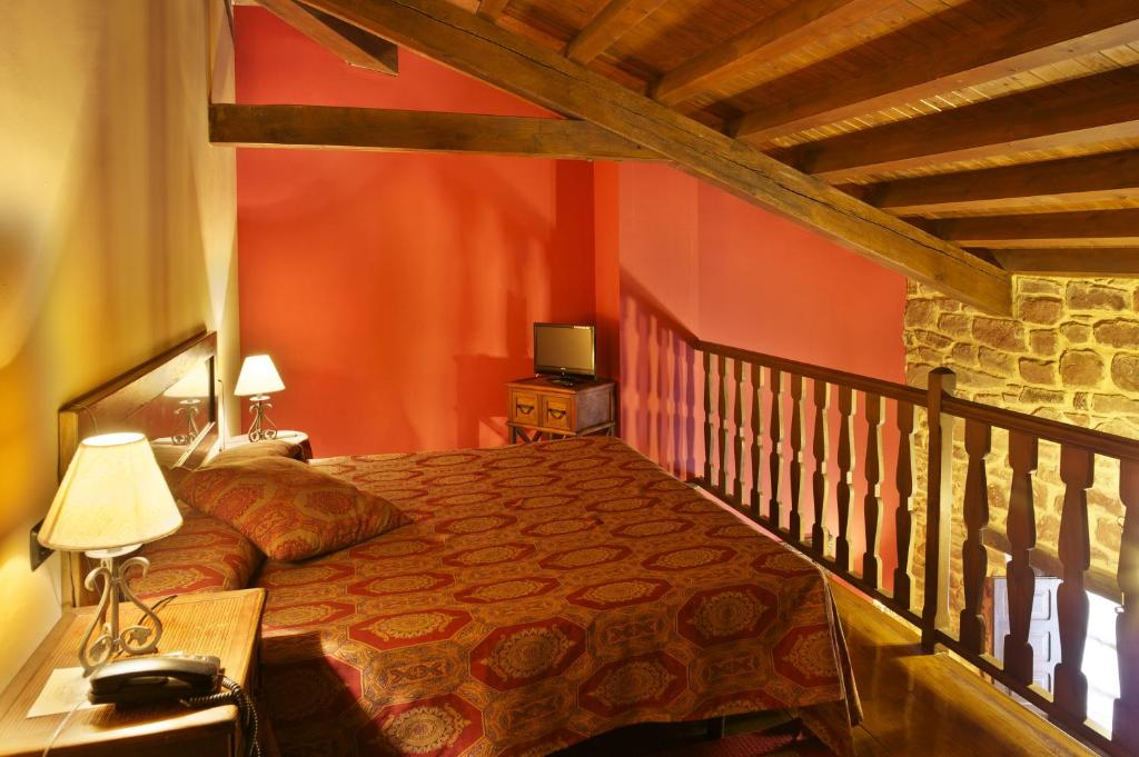 boutique hotels in lugás  23