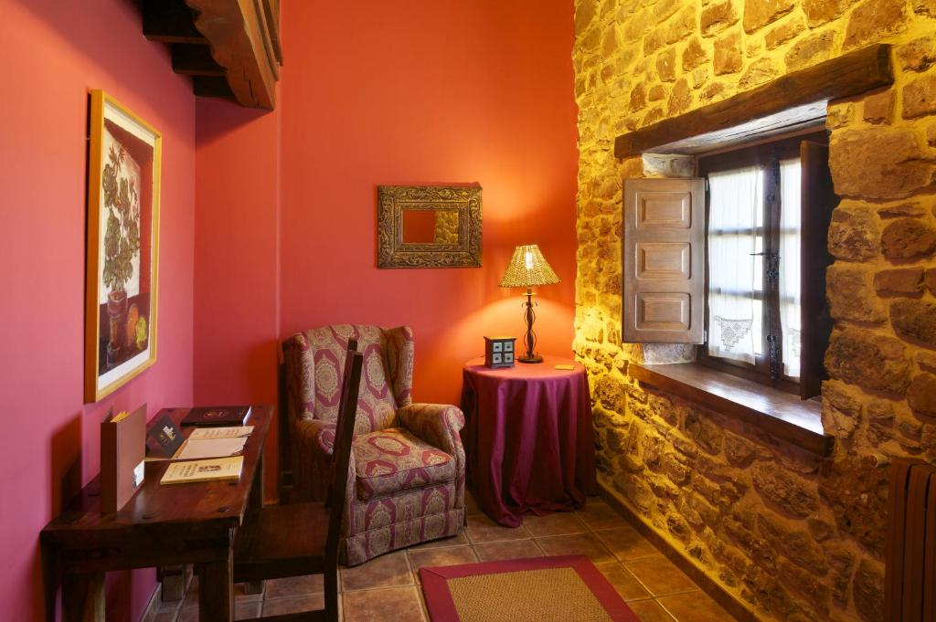 boutique hotels in lugás  24
