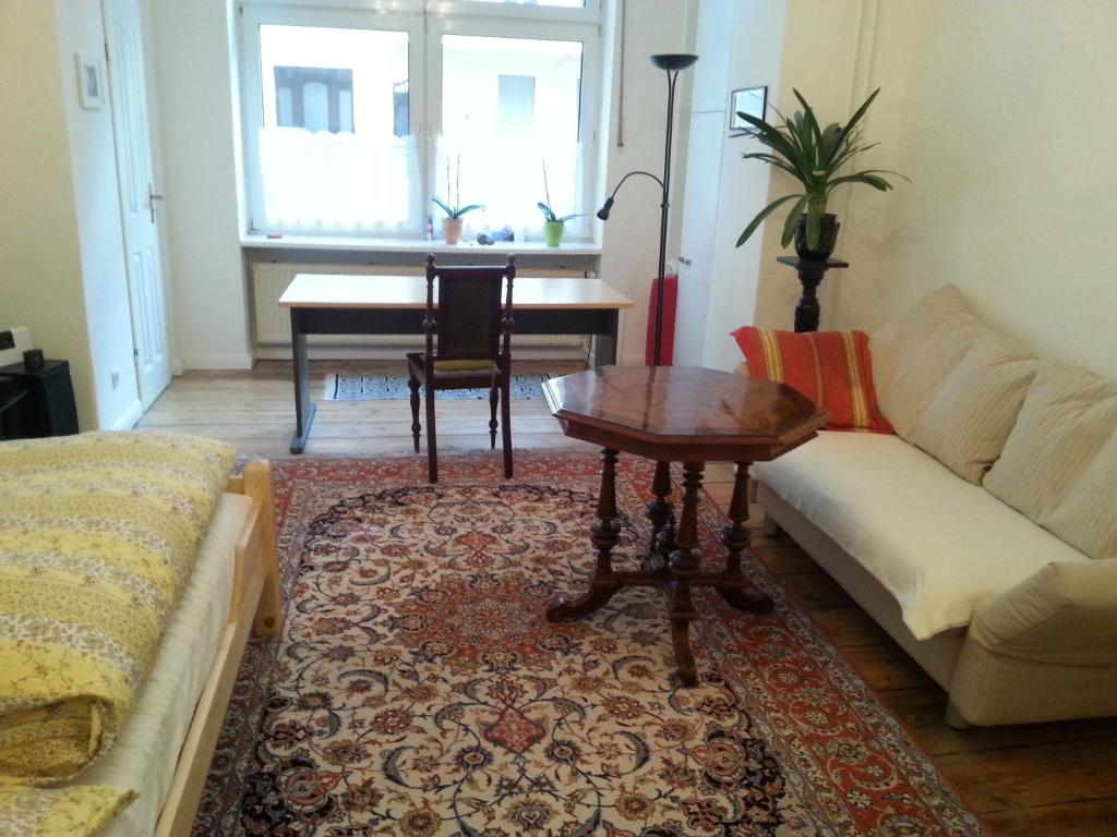 A seating area at Apartment Stadtoase Wilmersdorf