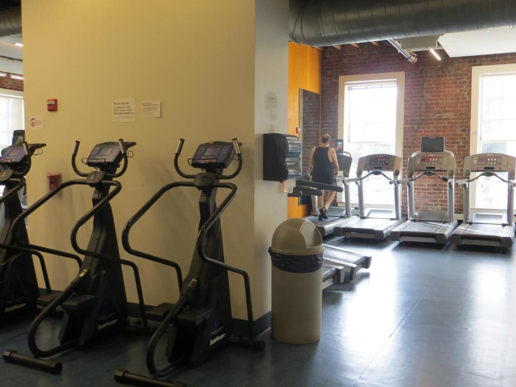 Downtown Berkeley YMCA Hotel and Residence, Berkeley – Updated 2018 ...