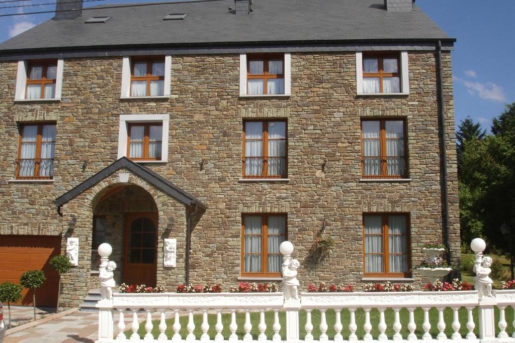 Apartments In Baillamont Namur Province