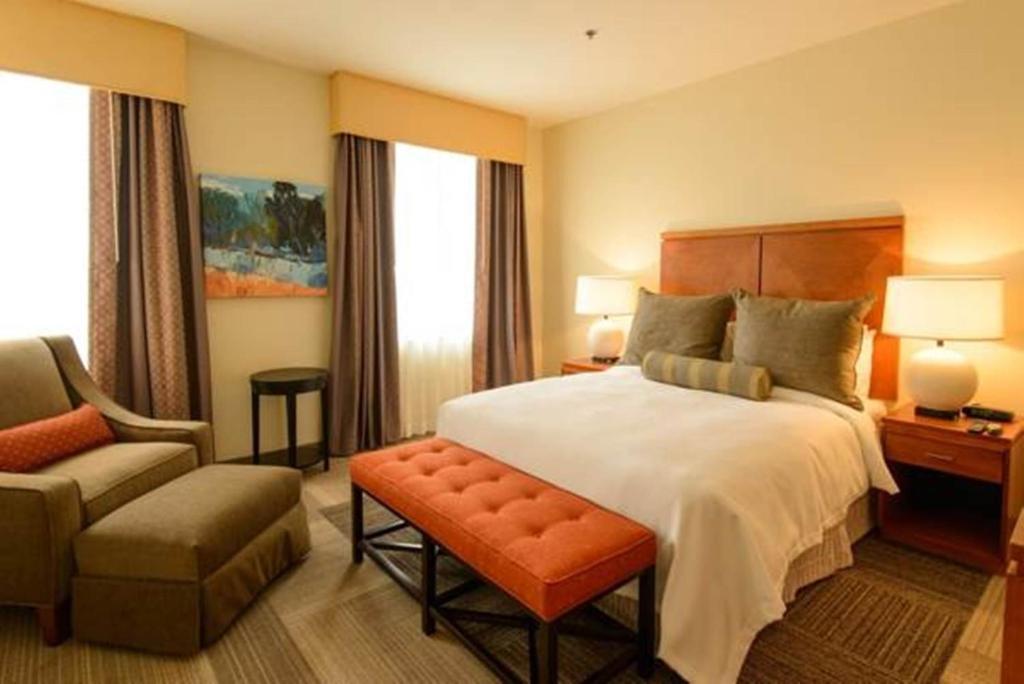 Apartment Luxiasuites City Center Wilmington De Bookingcom
