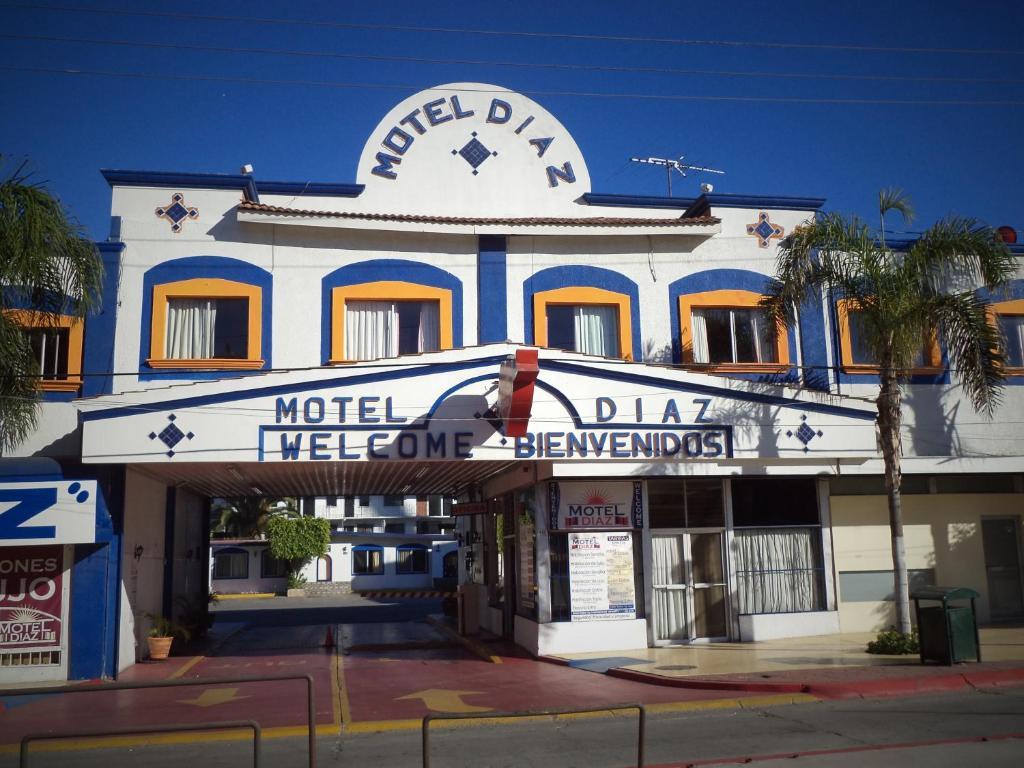 Hotel diaz tijuana mexico for Central de reservation hotel